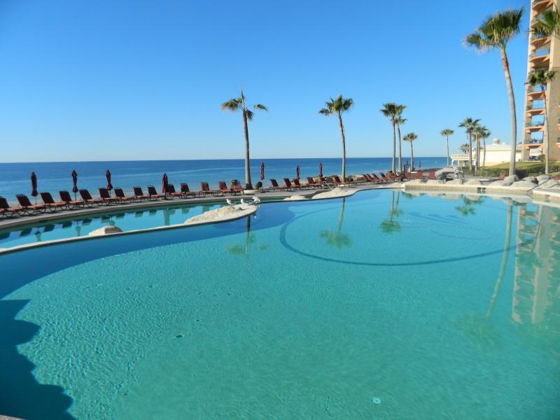 Près de la piscine à The Sea Resort