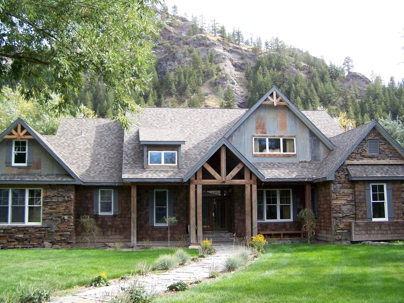 Flatwater Lodge on the Missouri River, Montana, holiday rental in Craig