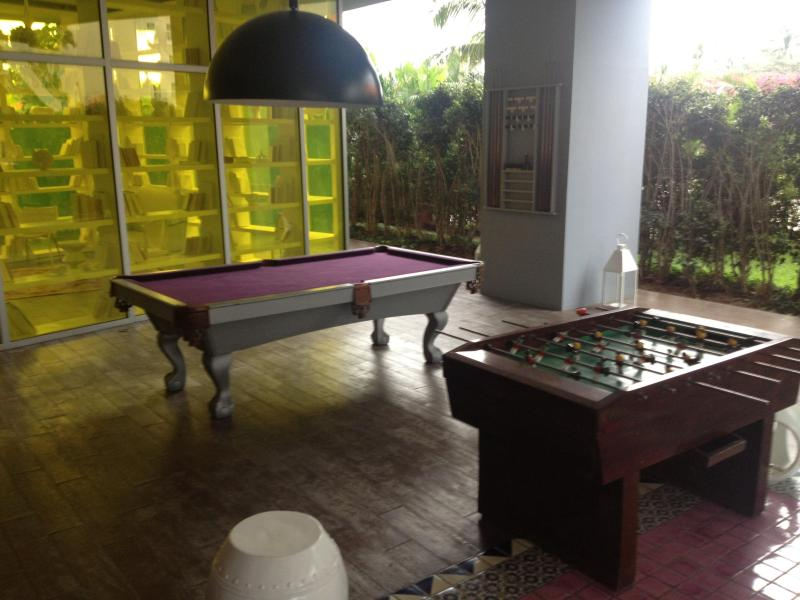 billards and game area