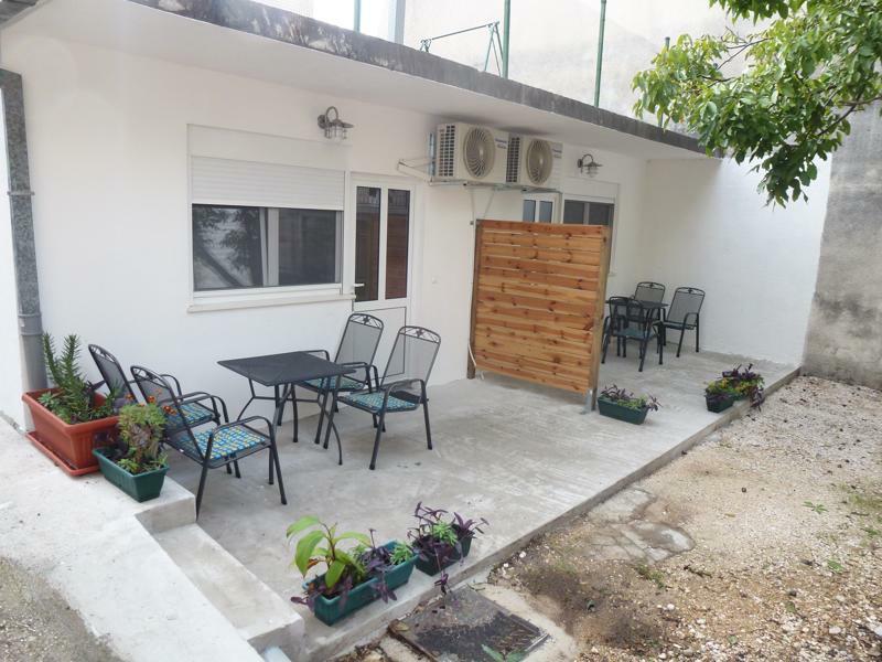 Two new studio Apartm. in the center of Baska voda, casa vacanza a Baska Voda