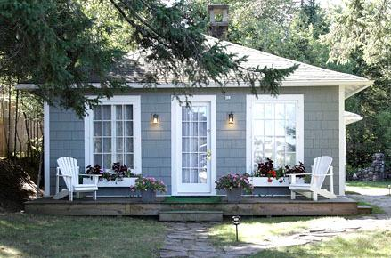 GO-Cottage - 2 Bedroom Bungalow Cottage, vacation rental in Lake Placid