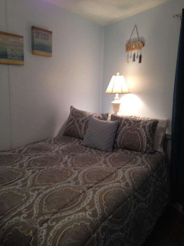 Private bedroom with New Queen bed