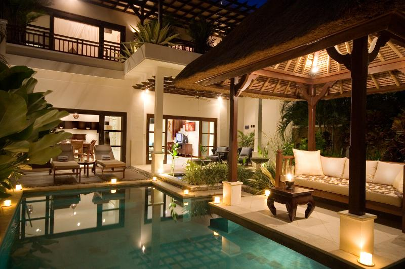 Romantic Two bedroom pool villa by night