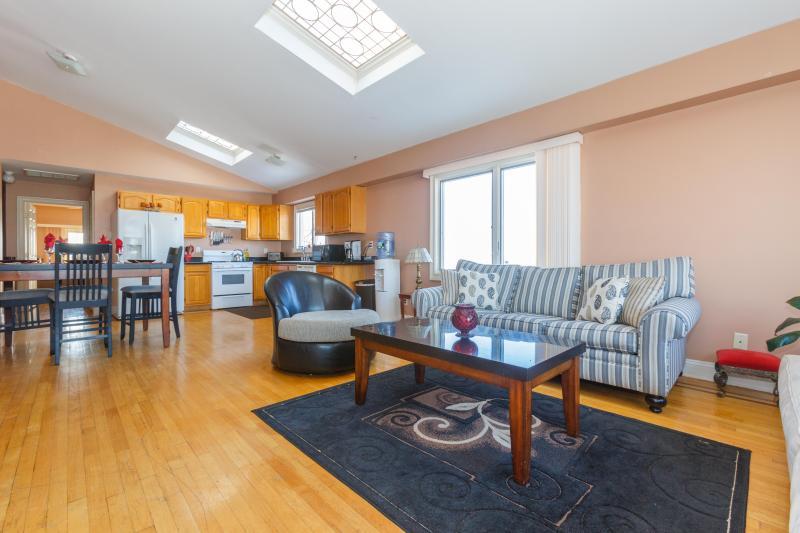 Very bright apartment