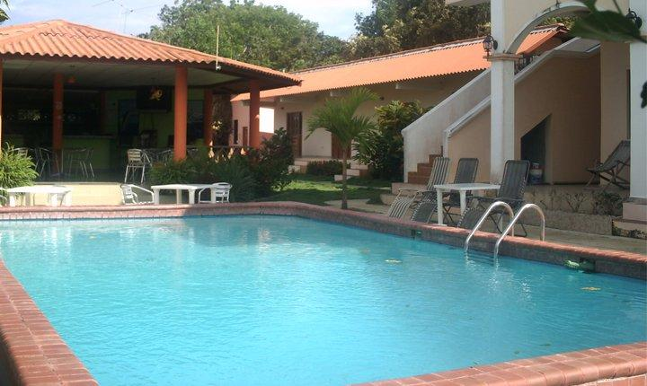 Pedasi Sports Club, Standard Room Sleeps 4, holiday rental in Pedasi