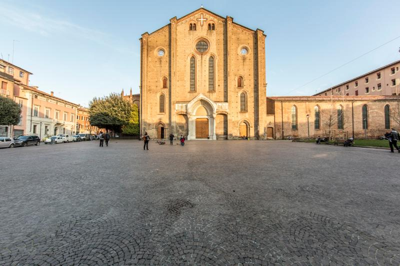 This is San Francesco cathedral and its square, where we are located. The heart of Bologna Center.