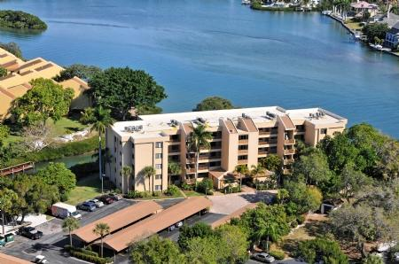 Building 9 Directly Bay Front- AMAZING VIEWS!