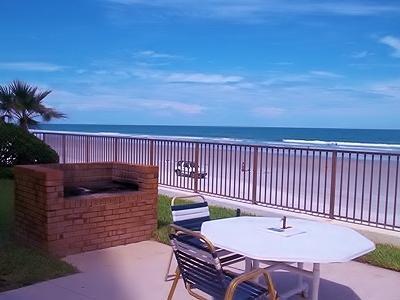 Barbercue Pit overlooking Ocean