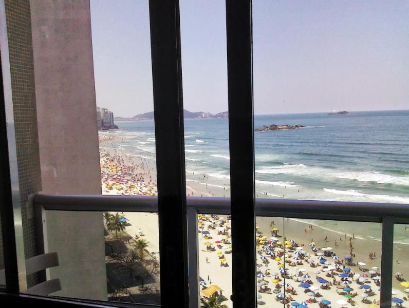 Beach view from the living room (Pitangueiras Beach)
