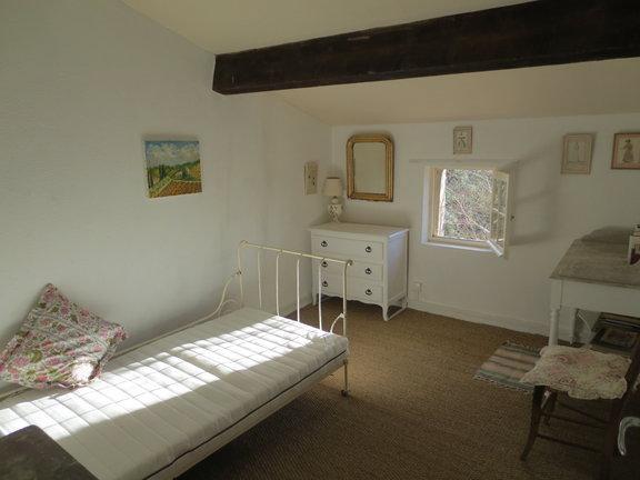 Second Floor (single) Bedroom