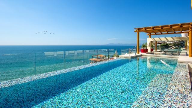 Pool  & Bay View