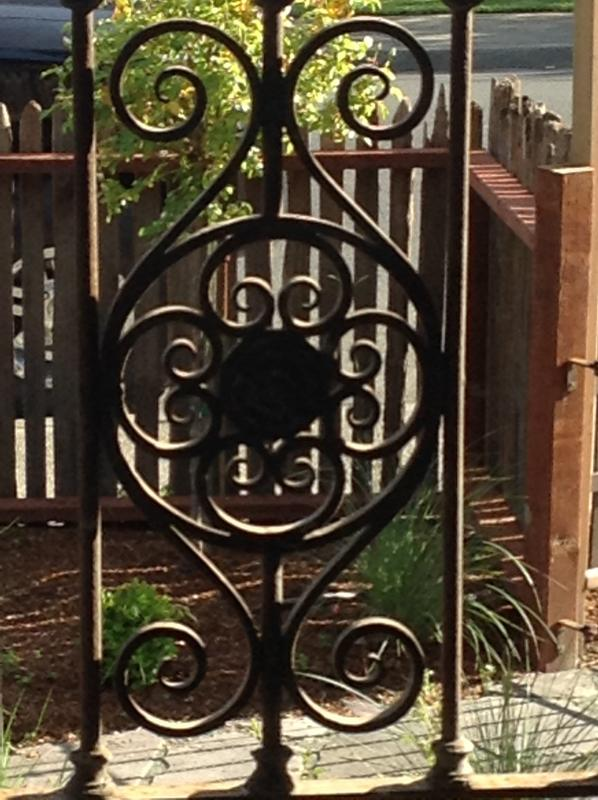 Iron detail in front railing