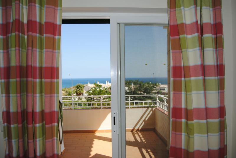 Bedroom 2 veranda with sea view