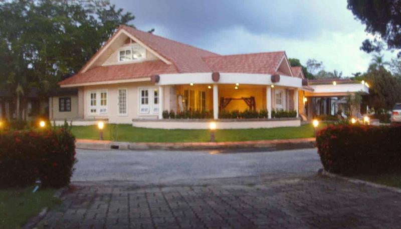 Executive Seaside Villa near Mae Phim Beach, casa vacanza a Chak Phong