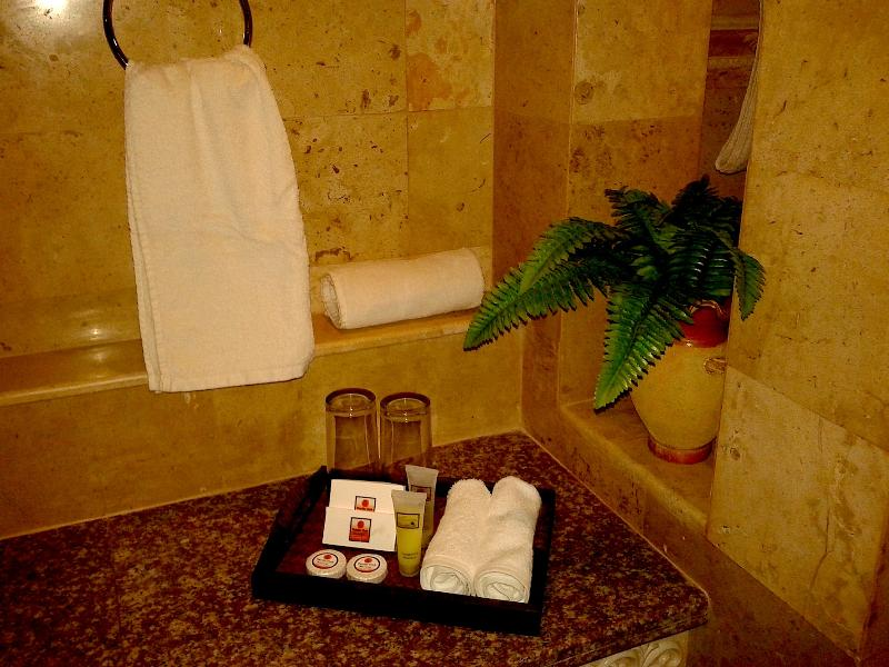 Travertino / baños de granito