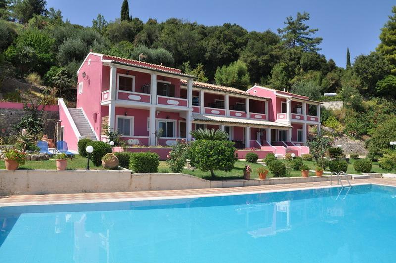 A LITTLE PARADISE 'NIKI -studio', holiday rental in Achilleio
