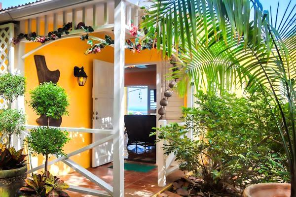 Welcome to our tropical oasis, Bella Villa, overlooking the south Caribbean sea in US Virgin Islands