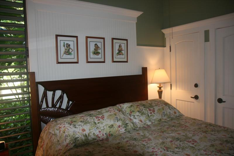 King size bed in master bedroom !!