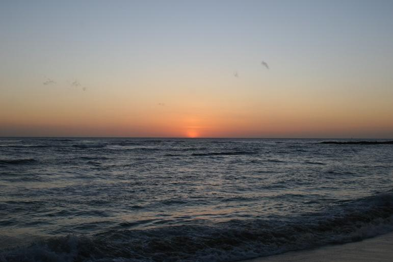 tay in our beautiful unit & enjoy the fantastic sunsets over the South Pacific