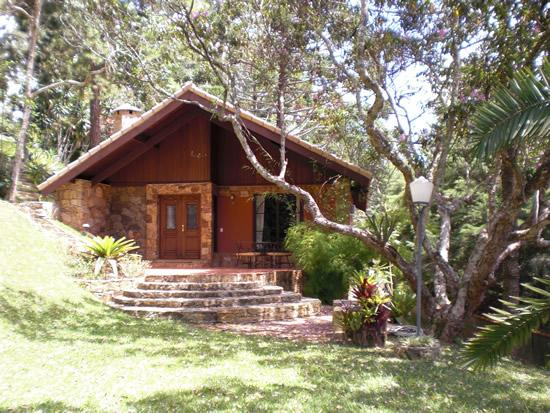 Chalet In Itaipava  With Jacuzi, Fireplace And Breakfast, Ferienwohnung in Araras