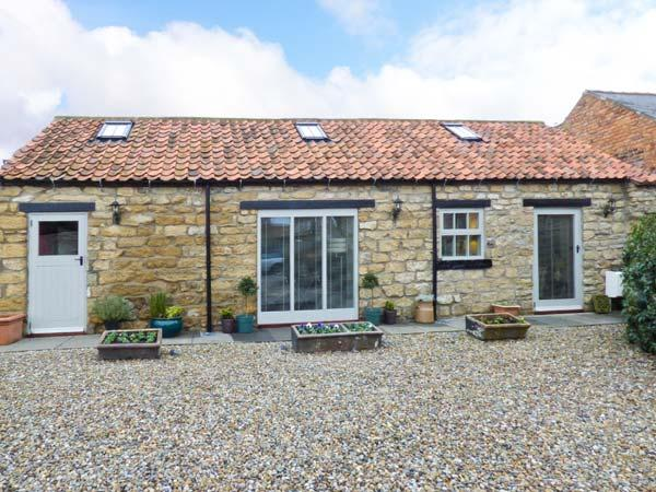COW BYRE COTTAGE all ground floor, pet-friendly, luxury cottage in Scarborough, Ferienwohnung in East Heslerton