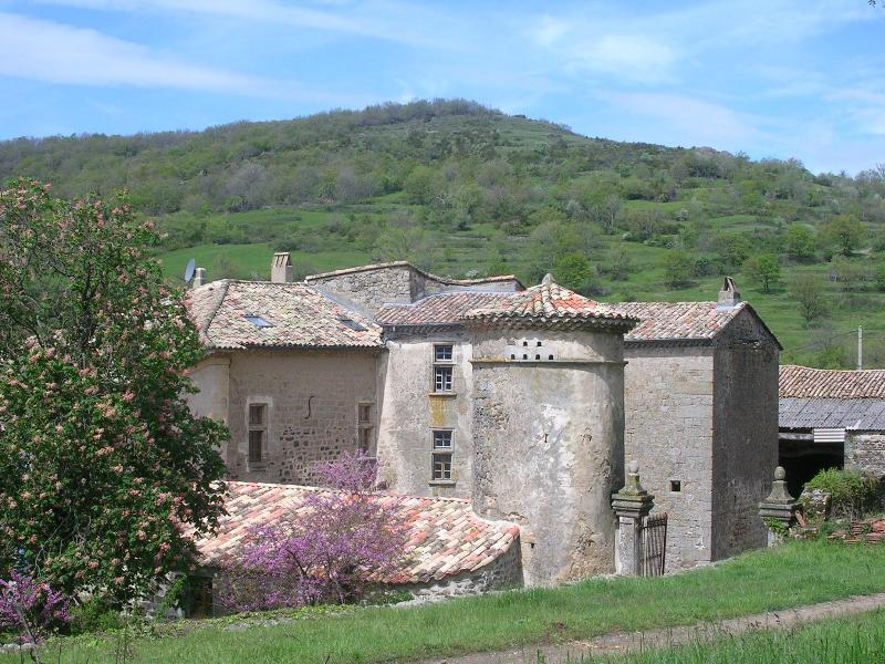 bed and breakfast in little castel, holiday rental in Pranles