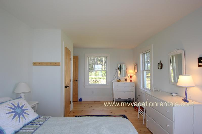 Queen bedroom in new wing