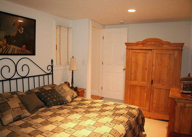 King Guest Bedroom, Lower Level