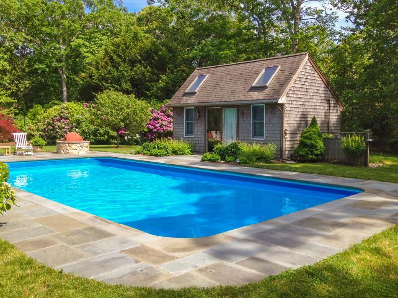 Pool, Patio, Pool House with Queen Sleep Sofa and Bath