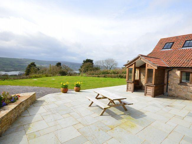Looking towards the detached property with countryside views