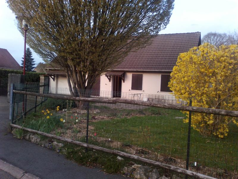 Nice House perfectly situated CH-FR-D- Quiet next, holiday rental in Belfort