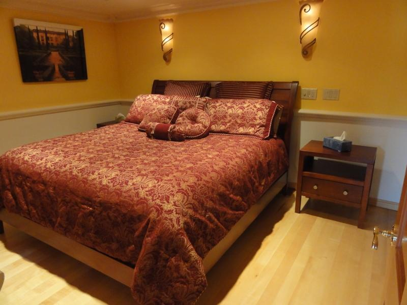 Elegance and Coziness in Broadview, holiday rental in Shoreline