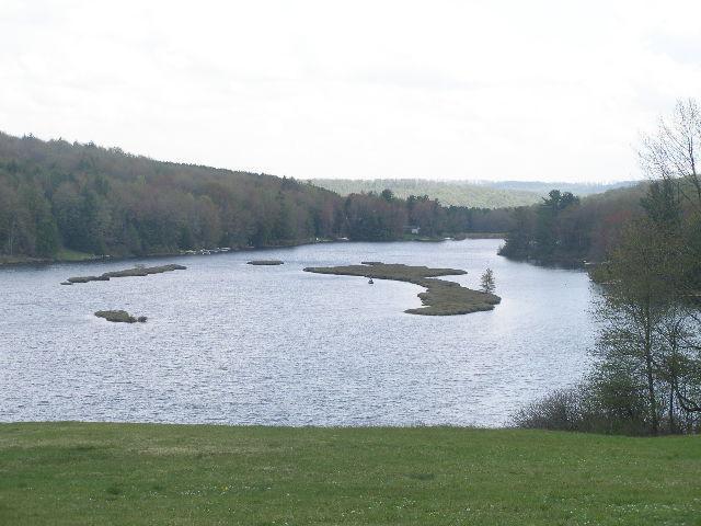 Vista do Lago de outro local