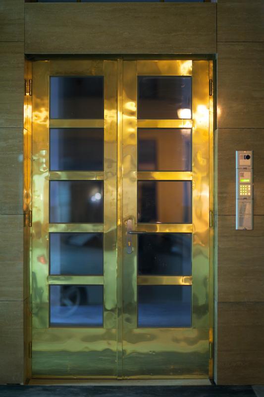 Rybna 9 Apartments - entrance