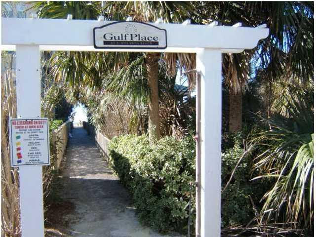 One of two deeded beach access points