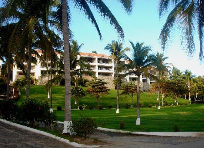 Condo for rent in Manzanillo, location de vacances à Manzanillo