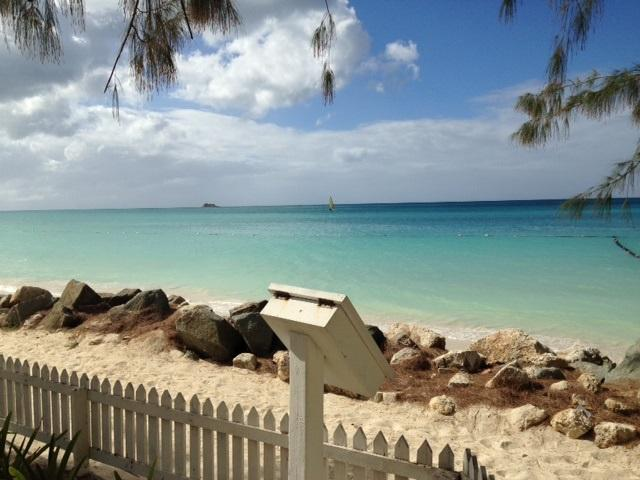 Antigua Studio Condo, Dickenson Bay, Antigua, holiday rental in All Saints