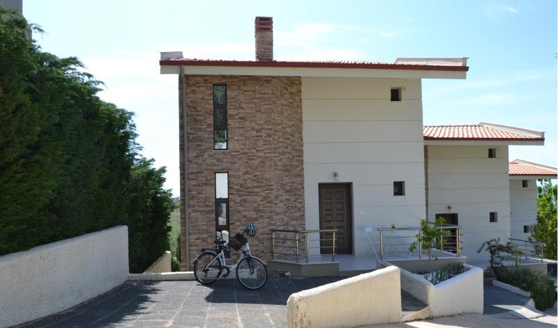 Main entrance of the duplex
