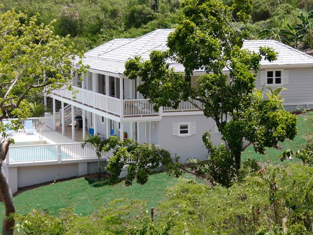 Calabash - Spacious Villa With Stunning Sea Views & Private Pool, holiday rental in Crab Hill