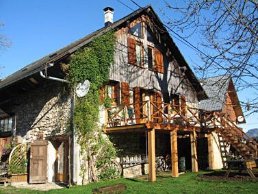 La Grange - Converted barn in the Chartreuse National Park, France