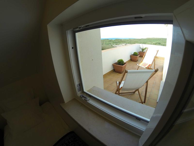 Annex Room view to terrace and Almagreira
