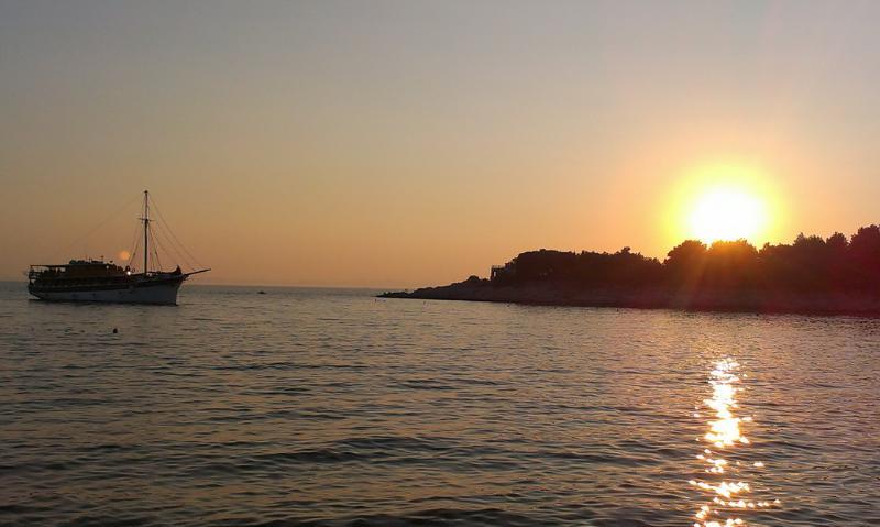 sunset on Cigrada beach