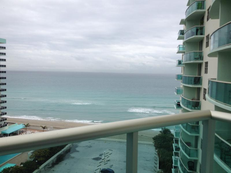 beautiful apart in Hollywood, miami, holiday rental in Bay Harbor Islands