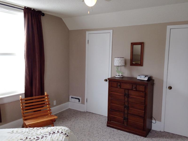 Bedroom 2 con't