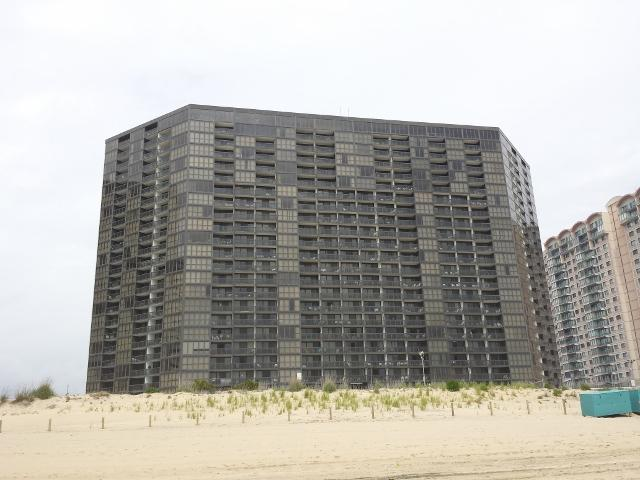 Golden Sands Condo
