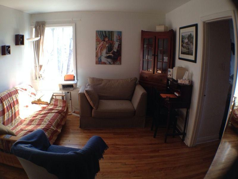 3 1/2 furnished everything included, holiday rental in Blainville