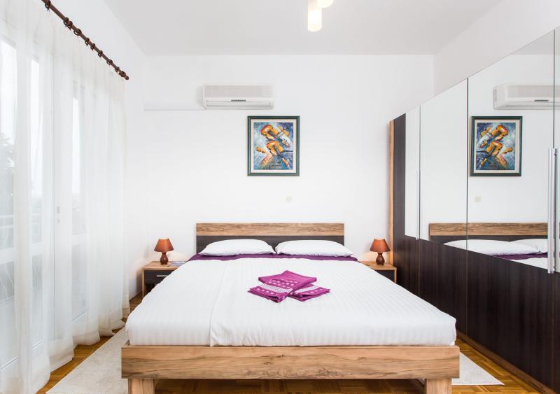 Chambre 1 avec lit King Size
