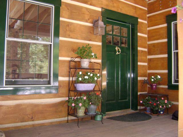 Side porch entrance--welcome!