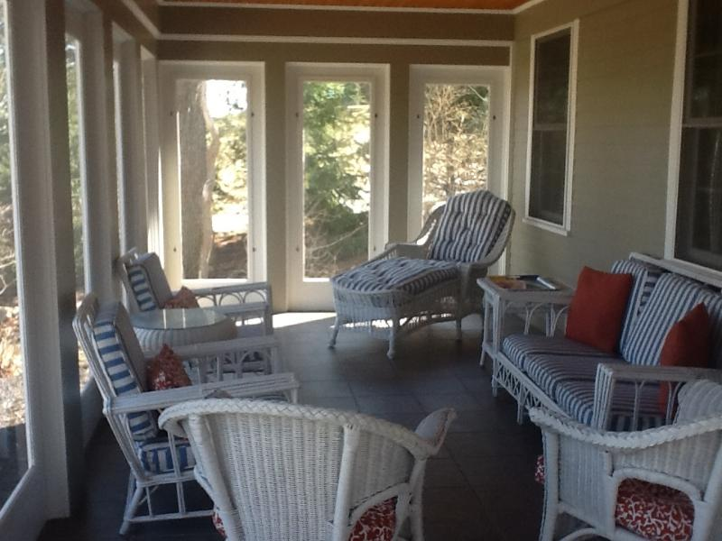 Screened in porch (below open porch)