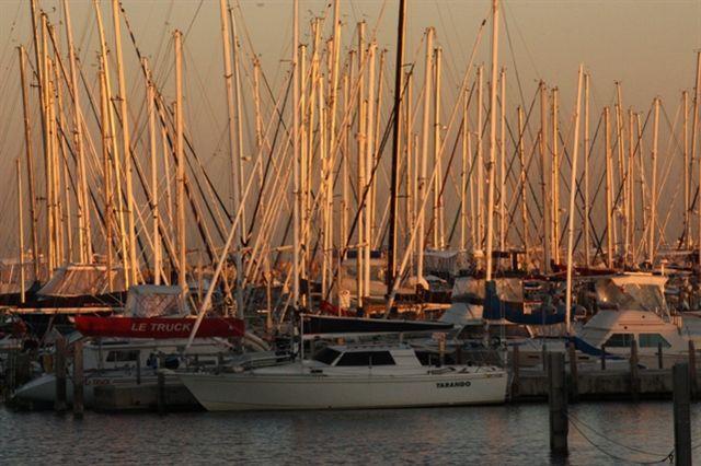 Yachts Sunrise Fremantle